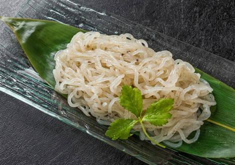 Shirataki-Nudeln sind wirklich teuflisch gut, wenn du dich kalorienarm ernähren willst