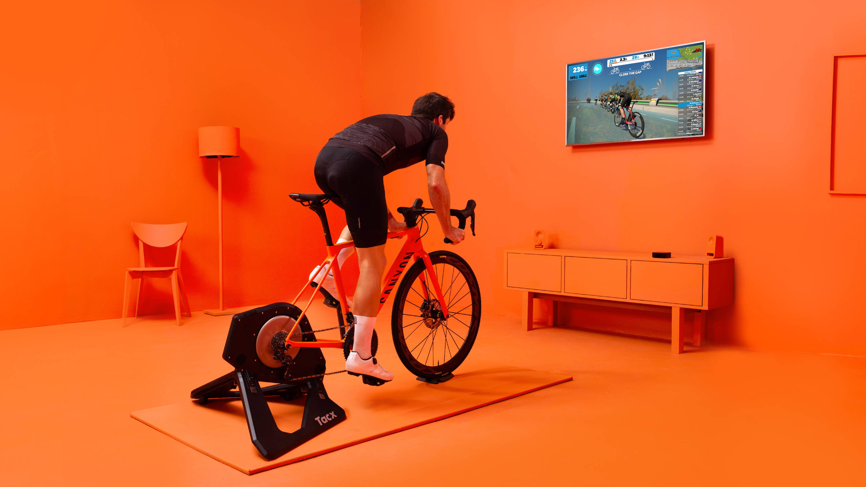 Best Indoor Cyclings Apps – Zwift vs  TrainerRoad – KOM Cycling