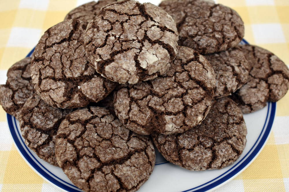 recipe for gluten-free chocolate crinkle cookies