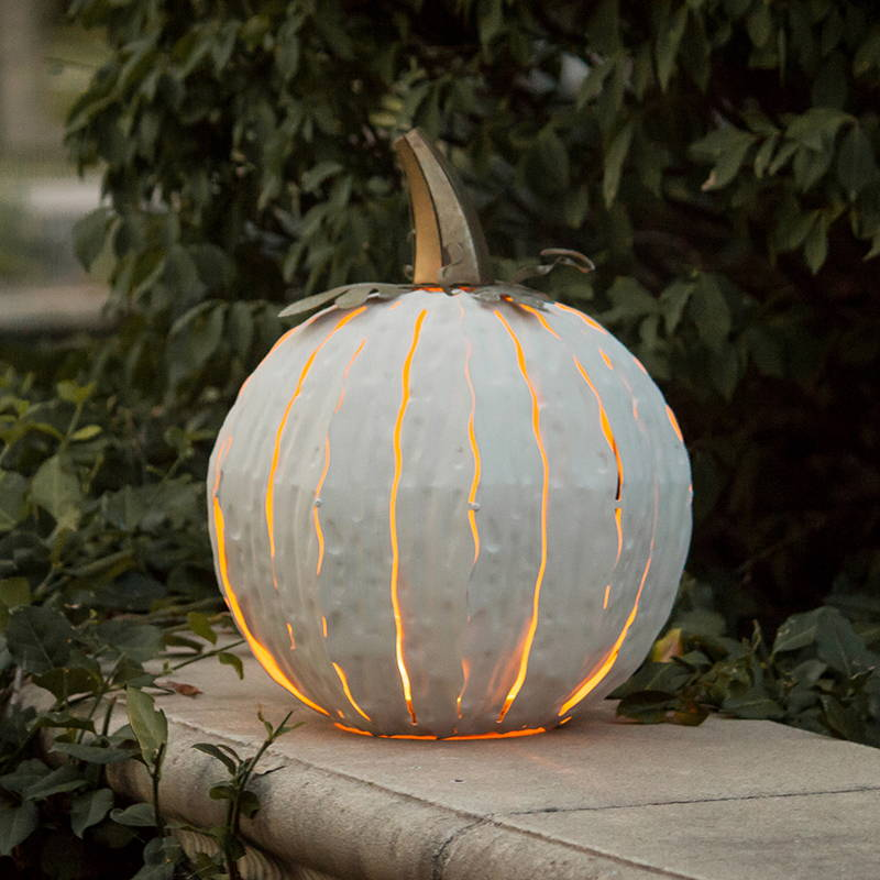 White pumpkin luminary, lit