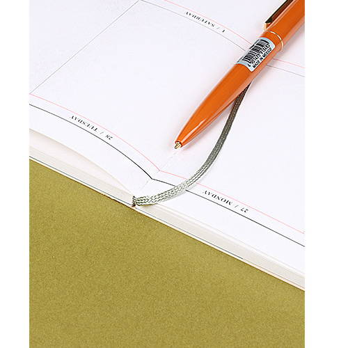 Opens flat - 2020 Write classic dated weekly planner scheduler