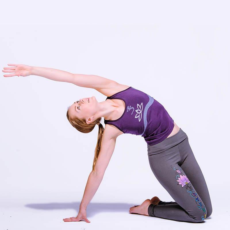 magasin yoga bordeaux - haut yoga femme om et fleur de lotus - Achamana