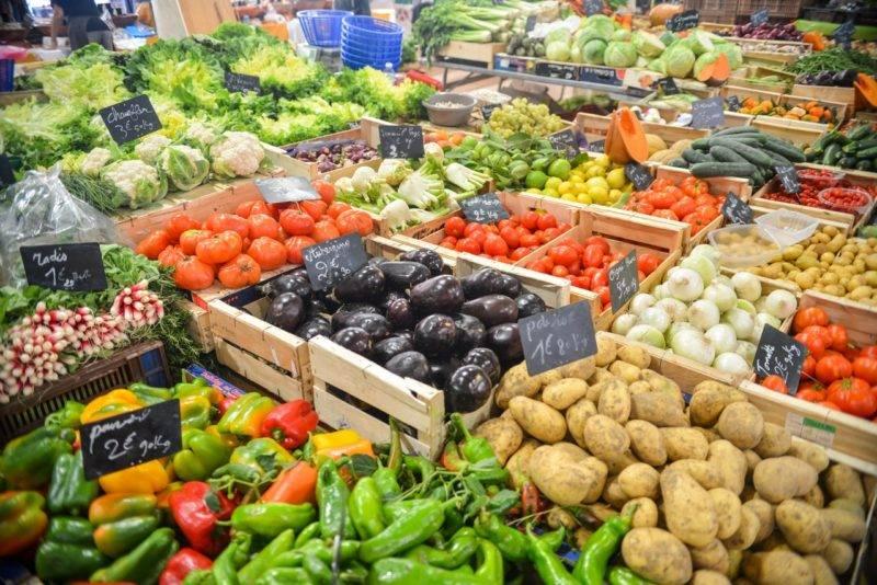 Fruit And Veg Stall