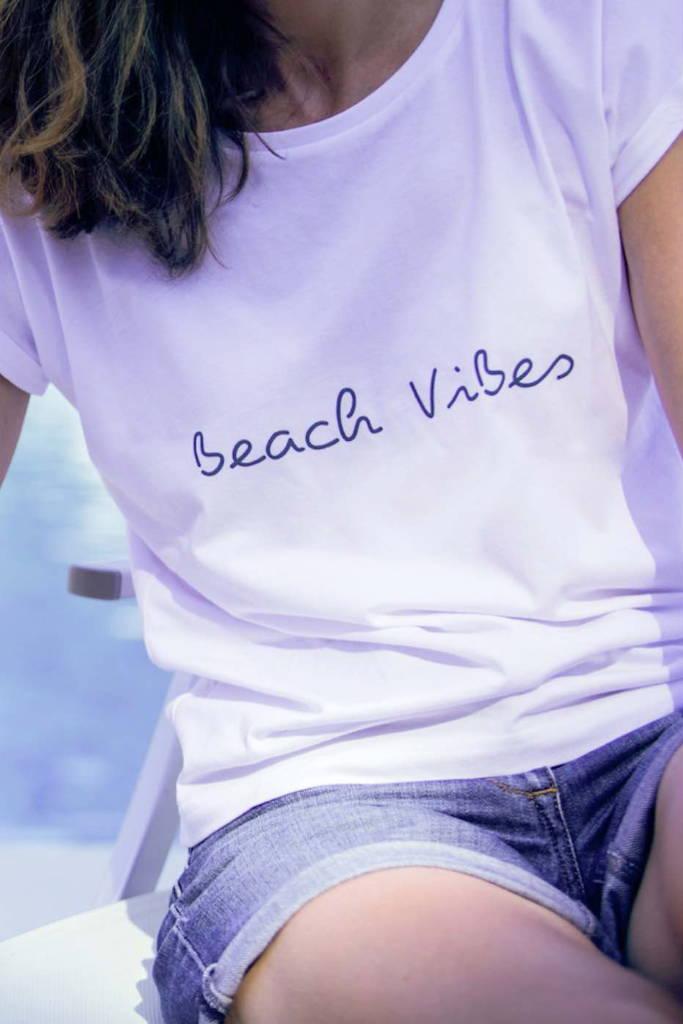 'Beach Vibes' Slogan Women's T-shirt