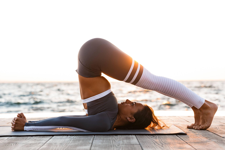 yoga girl CBD