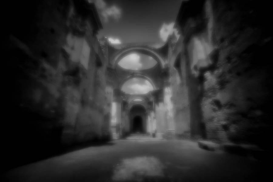 Black & white photography camera obscura