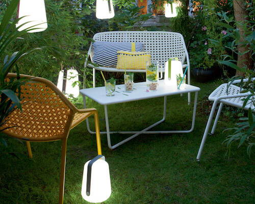 Outdoor battery operated lamp