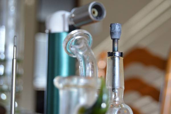 Shop for Dab Rigs at DopeBoo.com