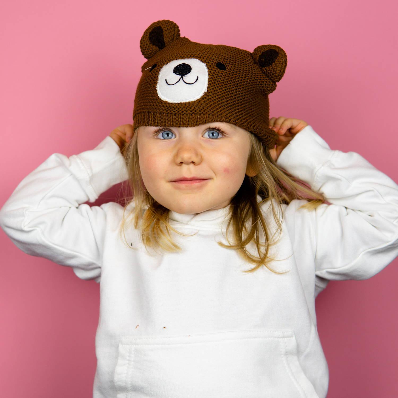 Nele steht total auf die Kindermütze Bruno Bär