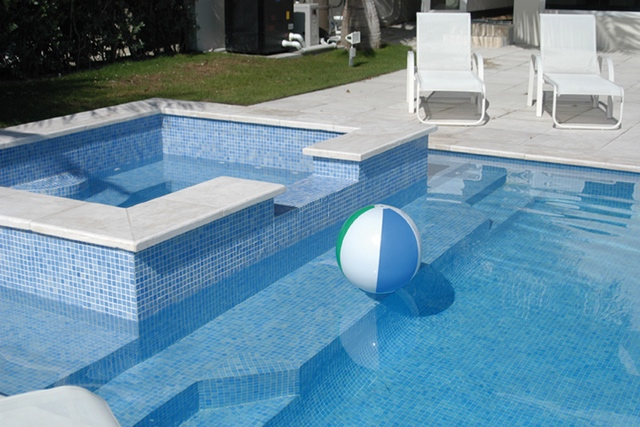 Vidrepur Fog Series Glass Tile for Pools