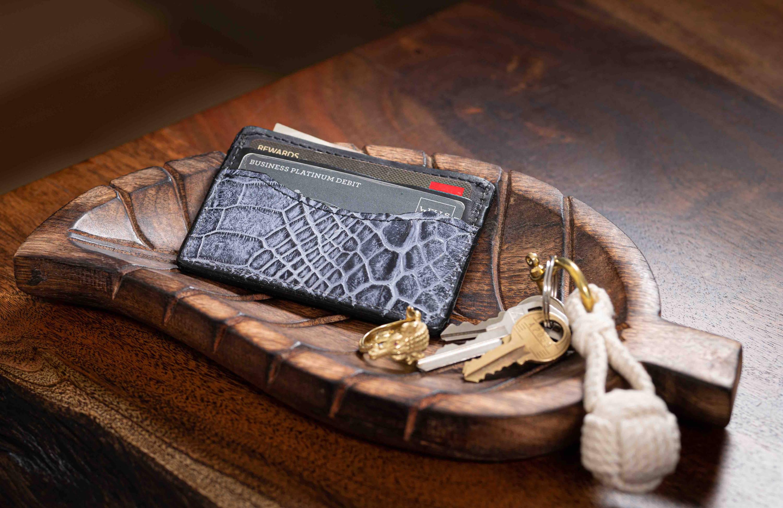 alligator wallet guide