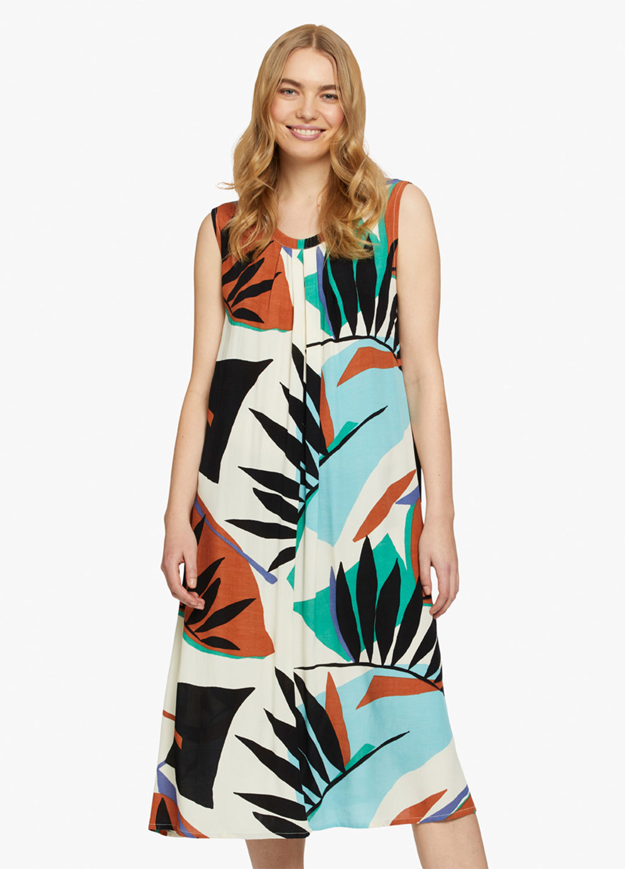 Olasa Dress - On Model