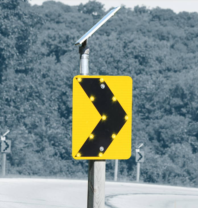 24/7 operation of the LED-enhanced curve warning system