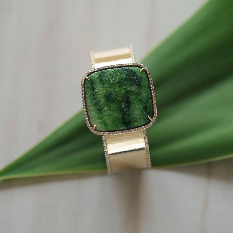 14k Gold Green Garnet Cuff Bracelet