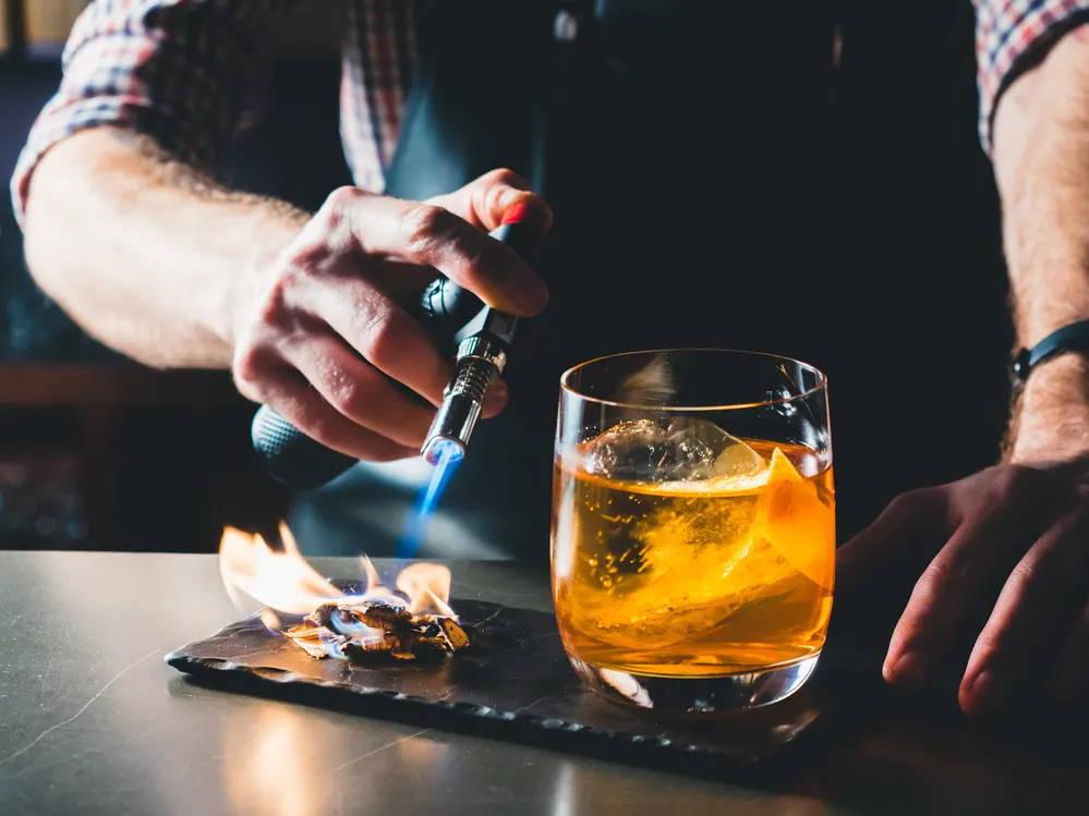 Whisky Zuhause anrichten