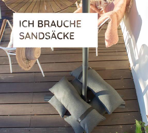 Sandsäcke von Baser als zusätzliches Gewicht für einen Ampelschirm