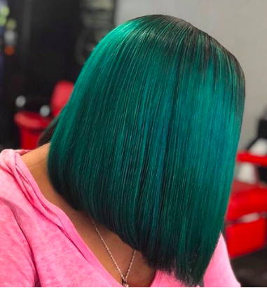 Green assymetrical bob