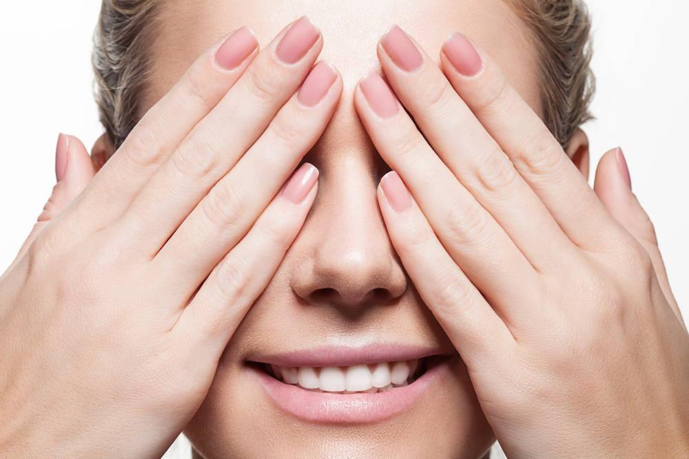 vegan-collagen-for-strong-nails