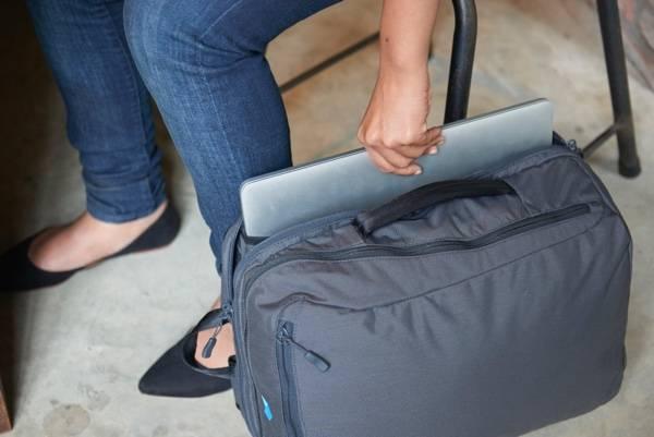 Minaal Daily Bag