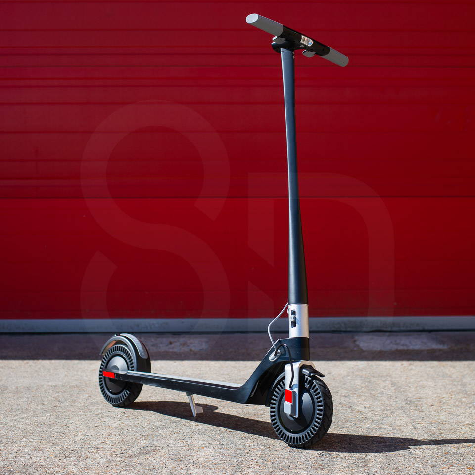 Unagi Model One Scooter Review 細節正面