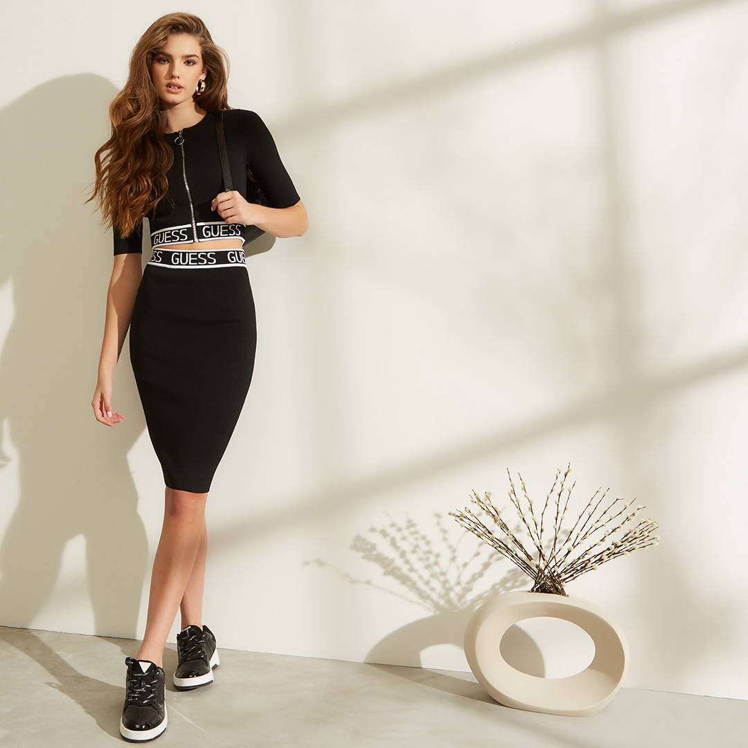 guess womens and mens apparel 30% off entire site
