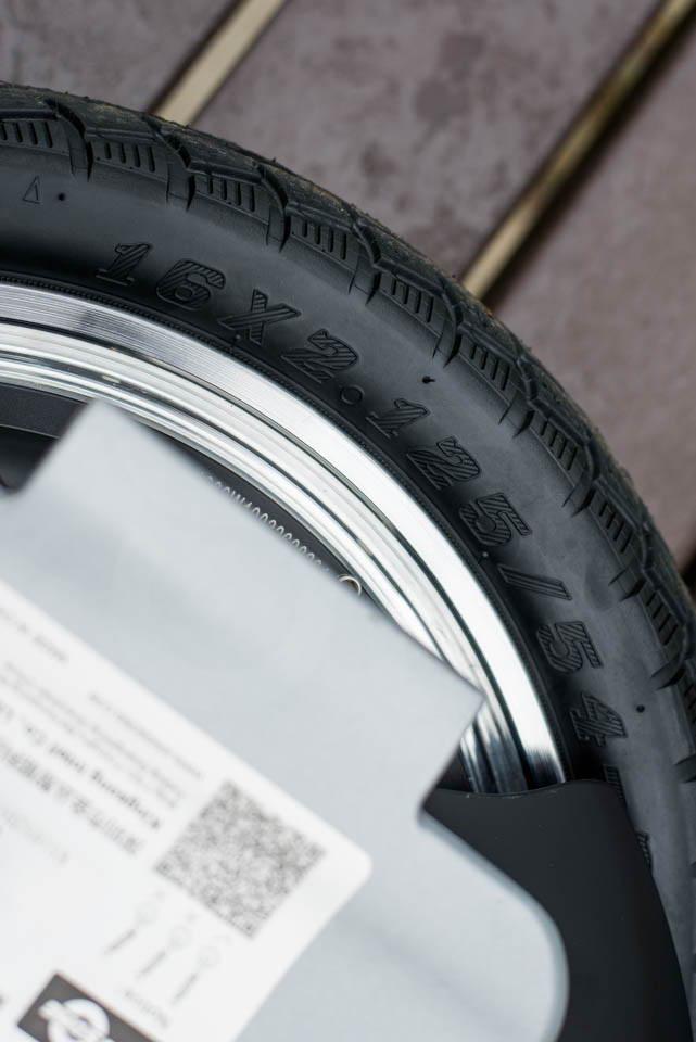 Kingsong KS16S Review tyre marking