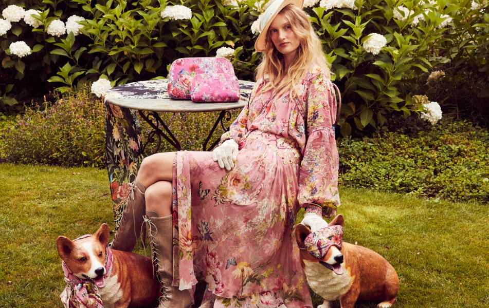CAMILLA pink floral skirt, CAMILLA pink floral skirt, camilla pink floral clutch, camilla pink skirt
