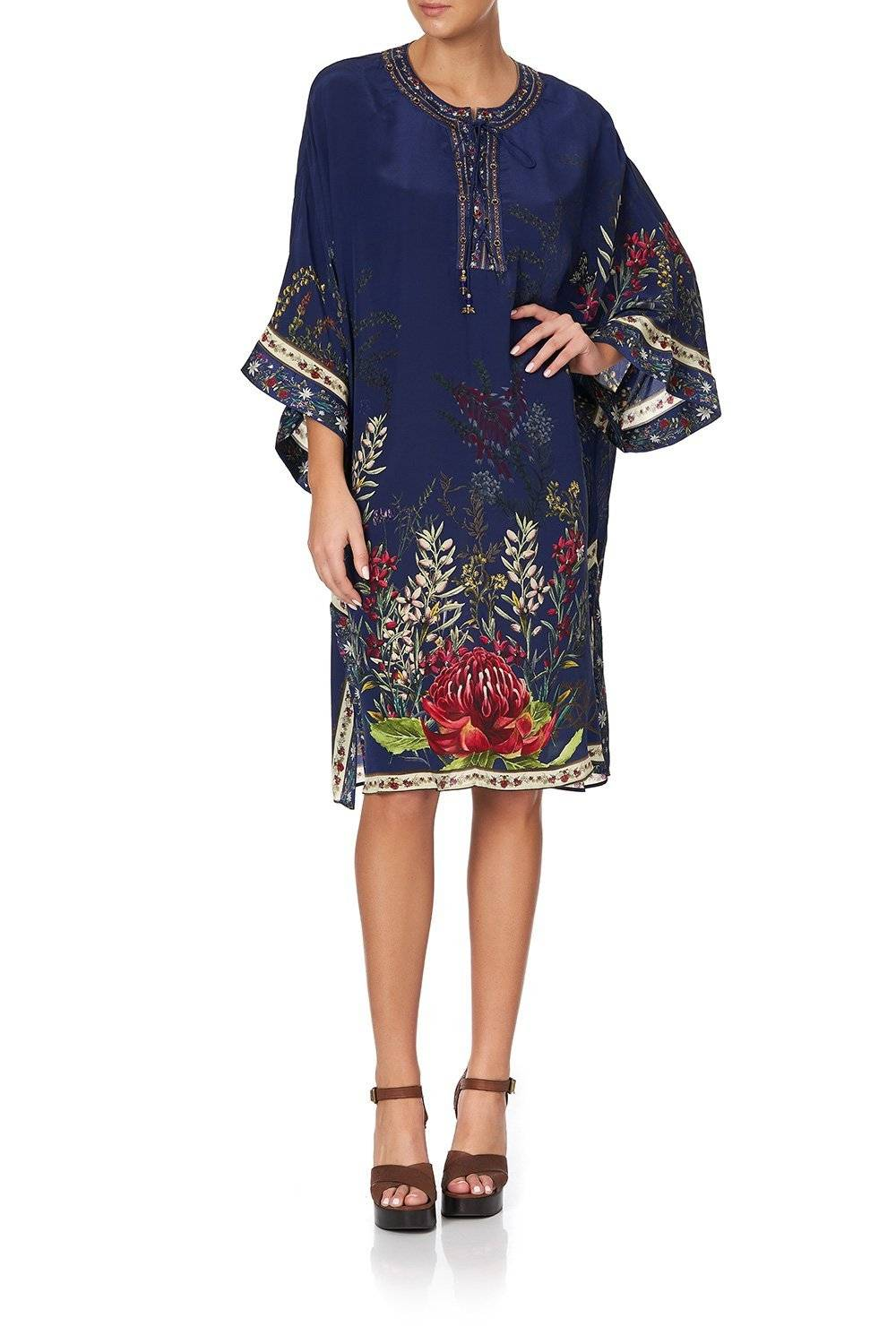 WINGS IN ARMS LACE UP FRONT KAFTAN