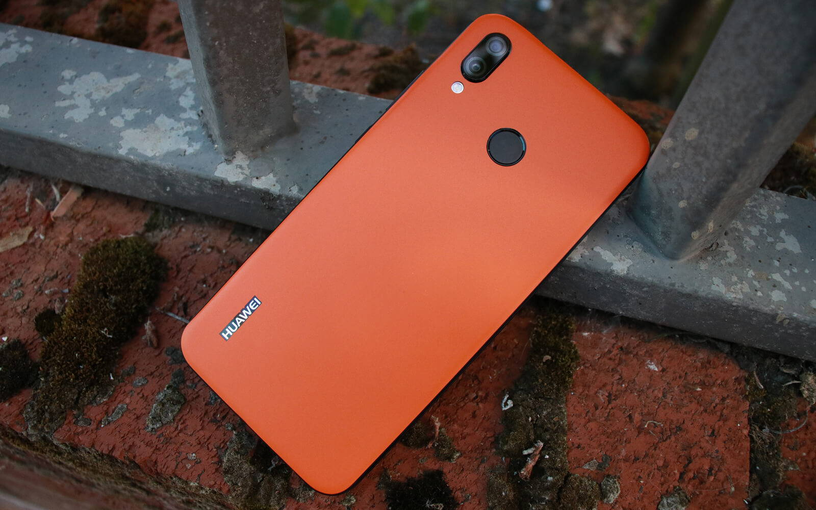 Huawei P20 Matt Orange Skins