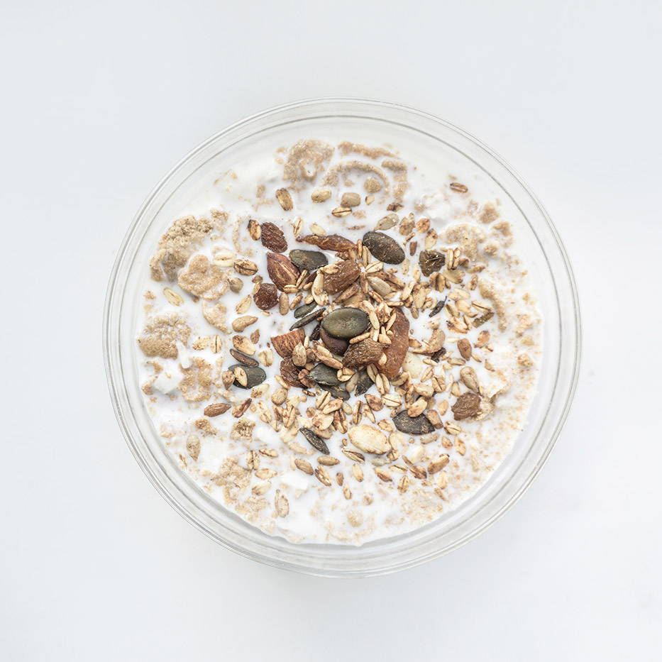 Oatmeal with grains