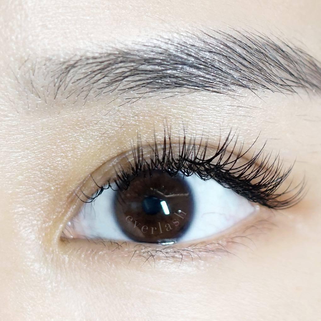 Gambar eyelash extension di Everlash
