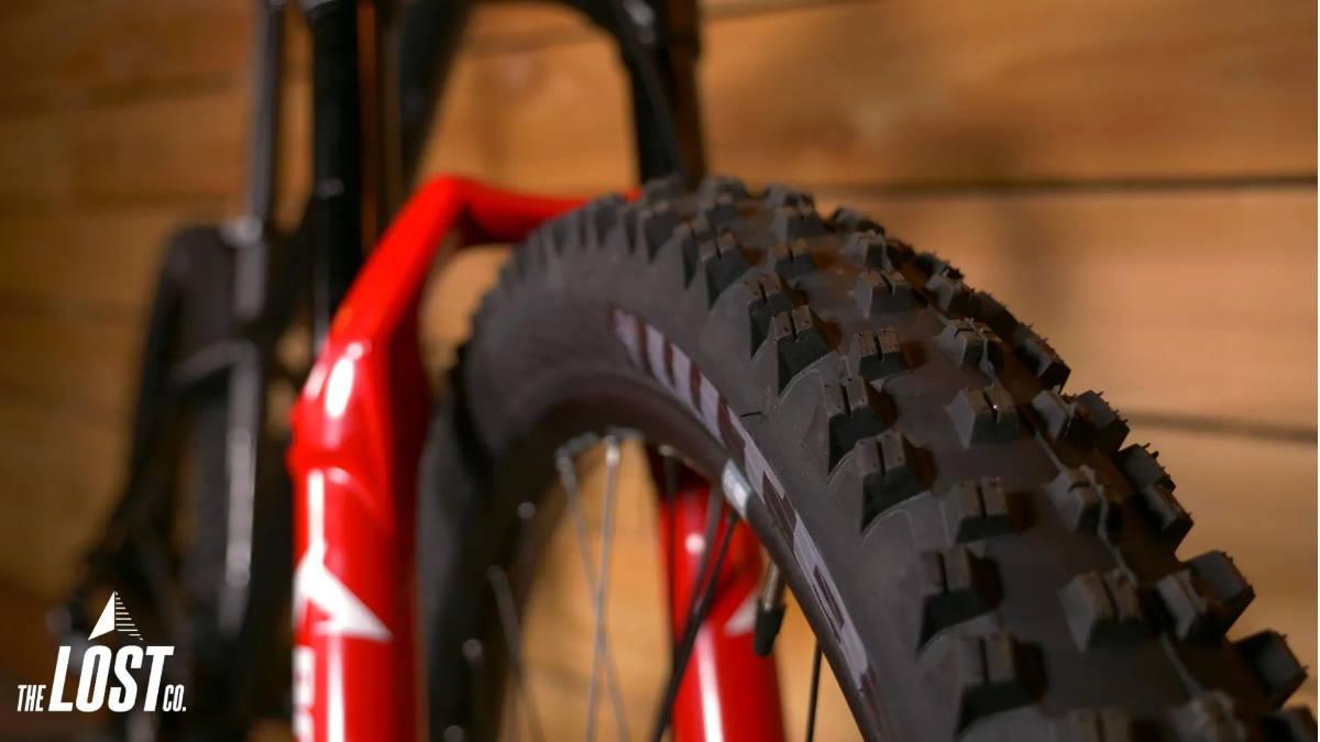 wtb vigilante mountain bike tire light high grip