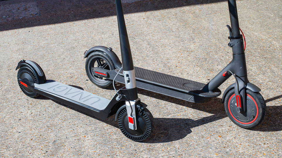 Unagi Model One Scooter Review 比較了全滑板車