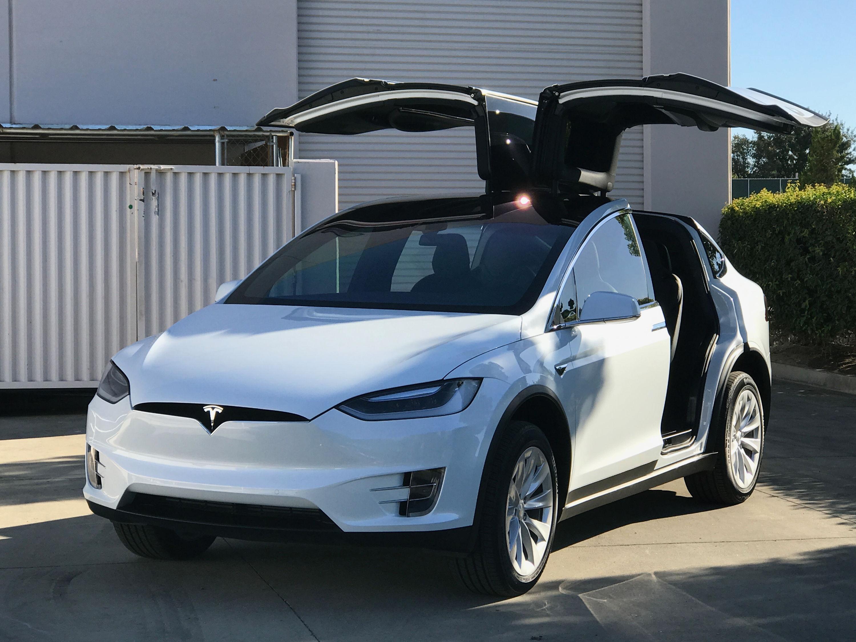 Tesla Model X with 3M Crystalline | Autoskinz