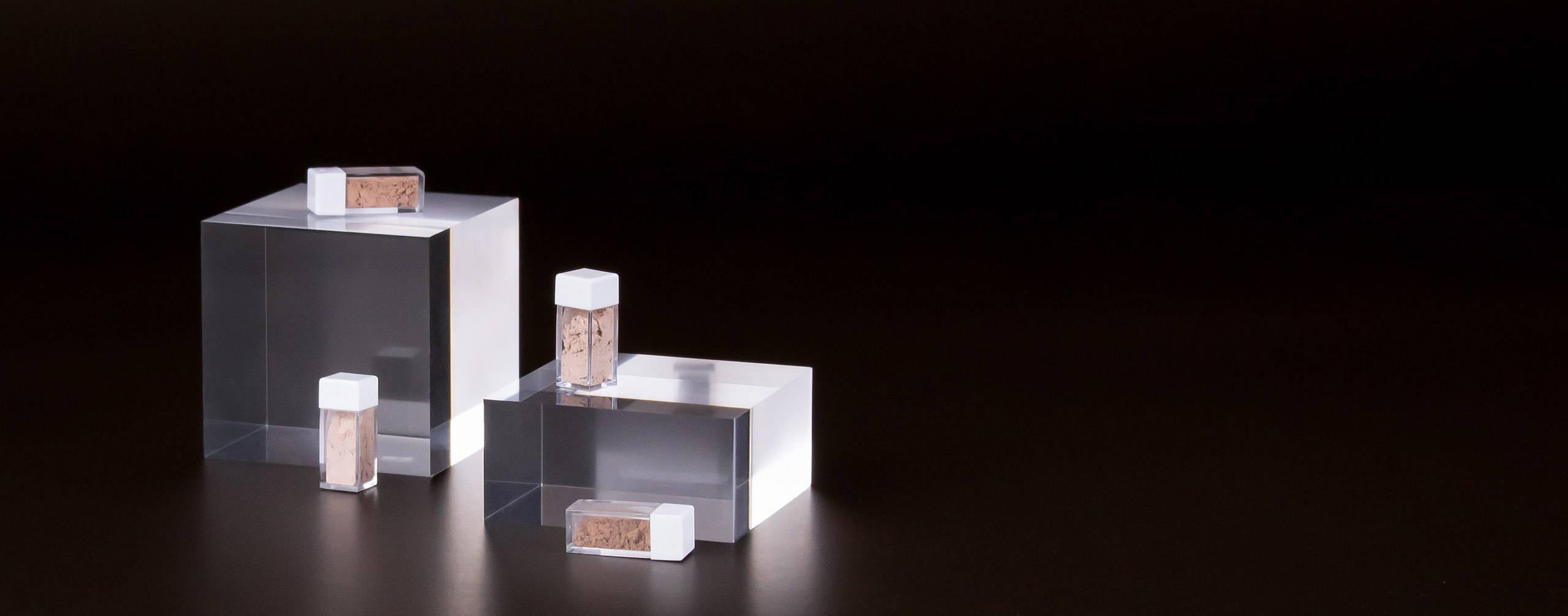 Mini-Grössen von unserem Mineral-Puder