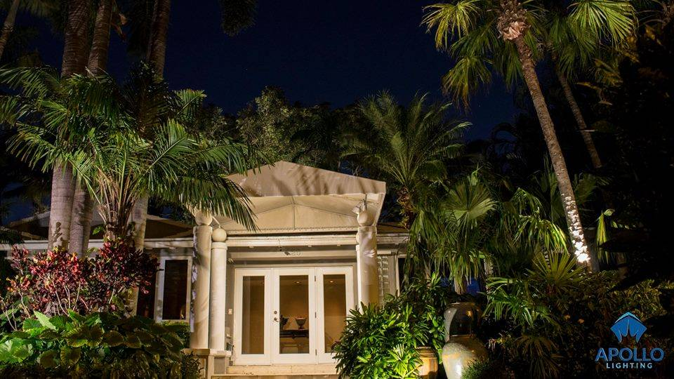 outdoor lighting installation in Delray