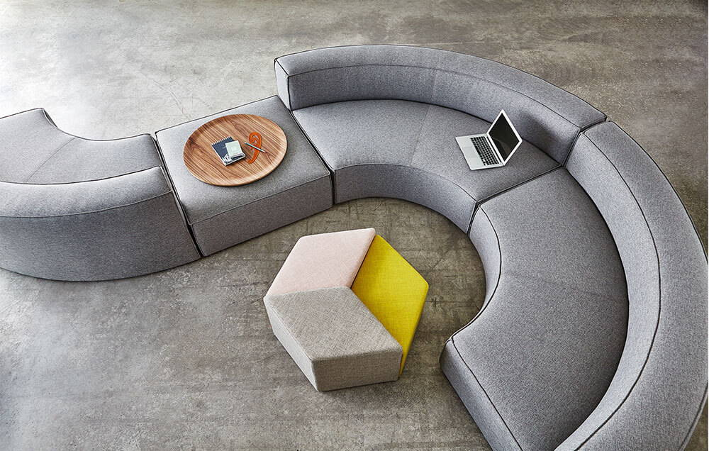 How to design with curved furniture