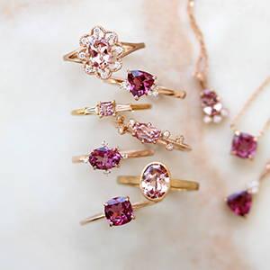 ピンク色の宝石 集合