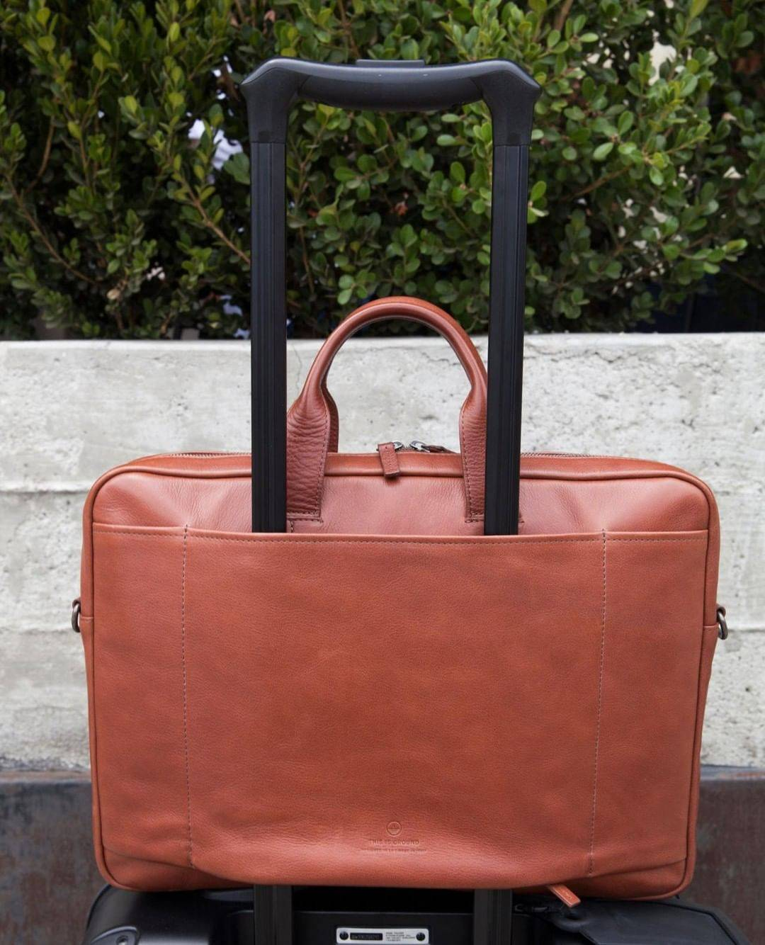 This Is Ground Leather Goods For Travel Tech Thisisground