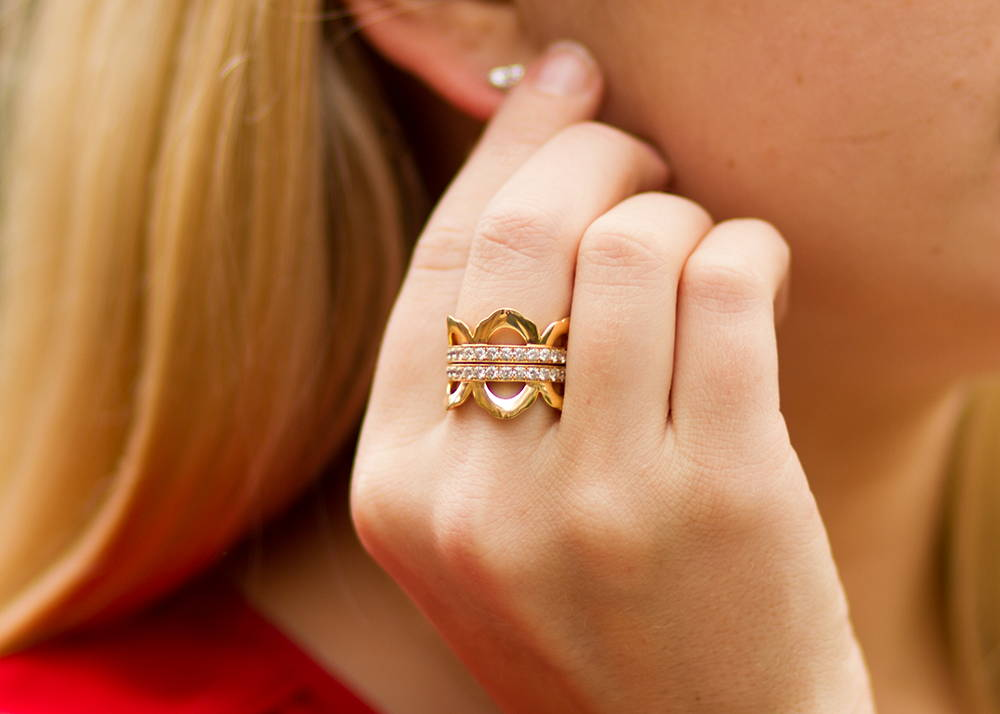 Hearts on Fire Lorelei Right Hand Ring