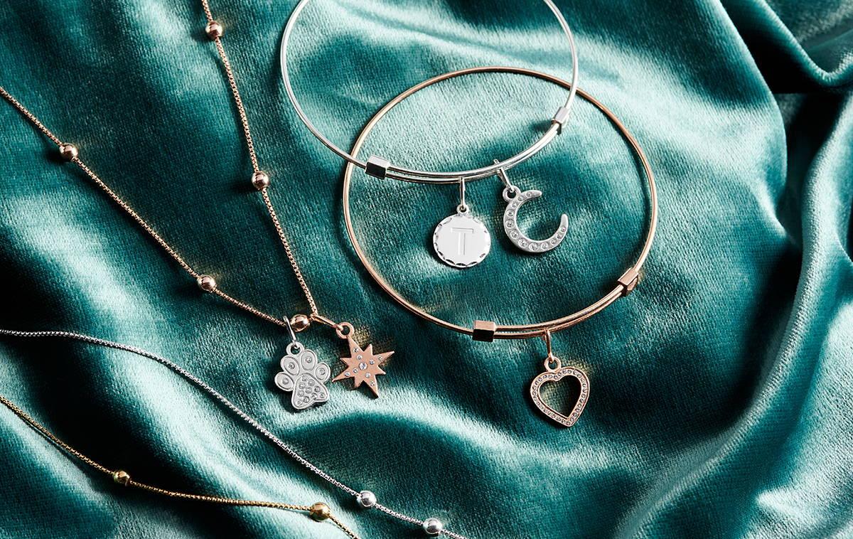 charm station jewelry