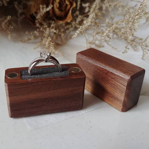 Thin Wood Ring Box