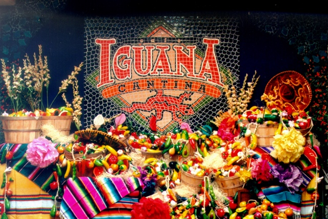 traditional hand-painted ceramic custom mosaic - iguana cantina