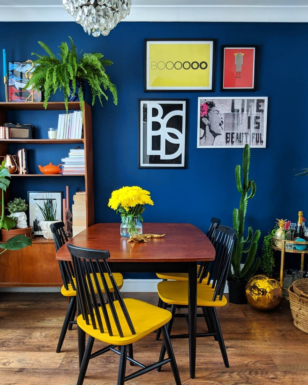 colourful dining room wall decor