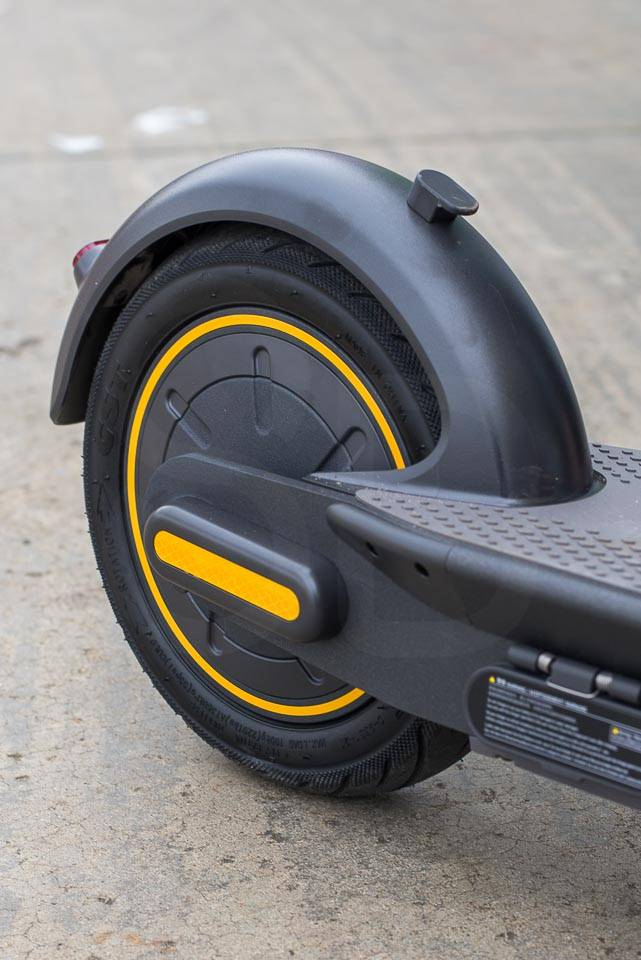 Ninebot Max G30 Electric scooter powerful rear hub motor