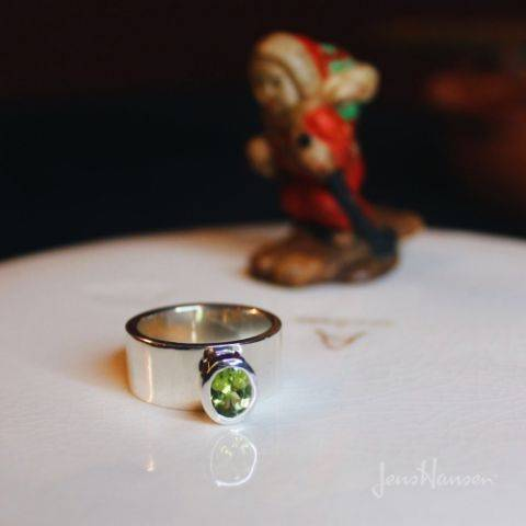 white gold and peridot ring