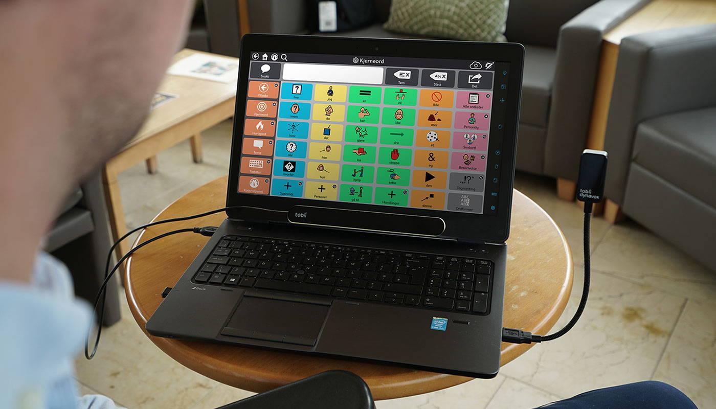 Bærbar datamaskin med PCEye Plus og Snap + Core First-programvare
