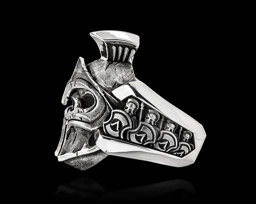 Thermopylae Spartan Skull Ring, Side View Showing Shields in the Phalanx Formation