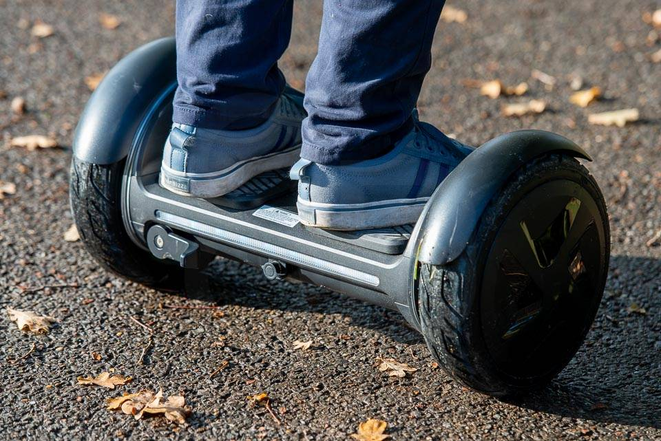InMotion E3 hoverboard review in use rear right