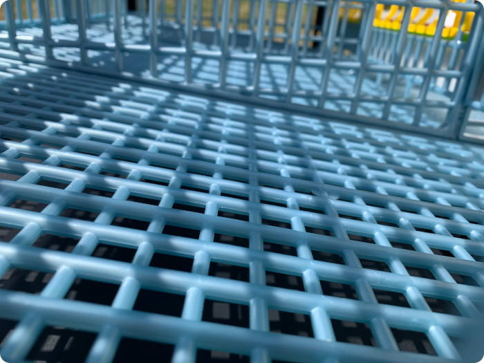 Elliptical Flooring for comfort in Cimuka Layer Cages - Hatching Time